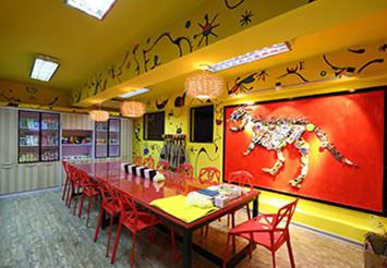 南色创想美术现招收: 3-6岁幼儿园创意绘画班 6--12岁少儿创意绘画班