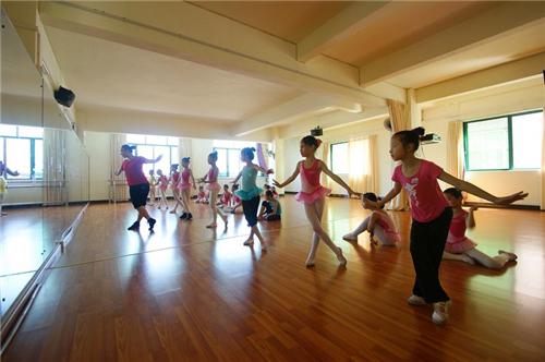 廈門湖里少兒舞蹈培訓到哪里好 廈門湖里少兒舞蹈培訓班