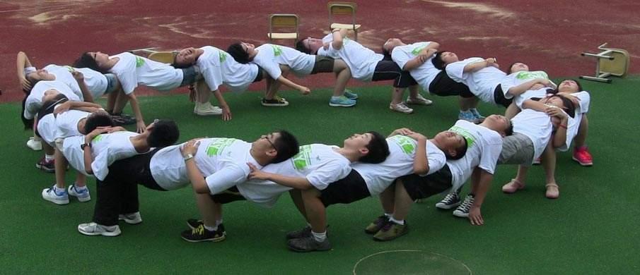 厦门军事拓展培训中心 厦门uedbet客户端下载锻炼公司