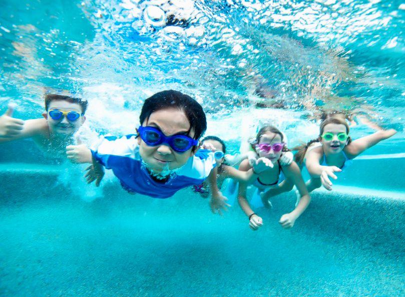 欢乐水世界游泳夏令营7天